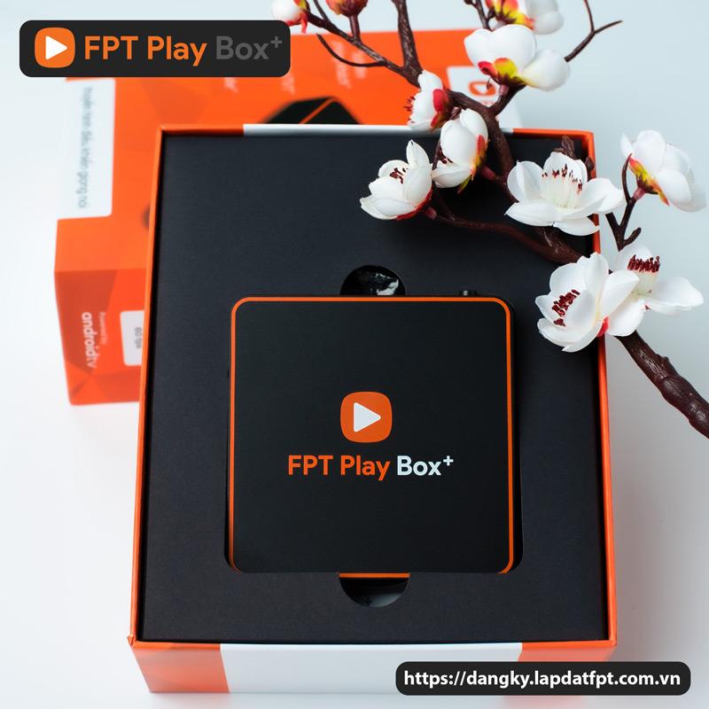 dang-ky-fpt-play-box-vuong